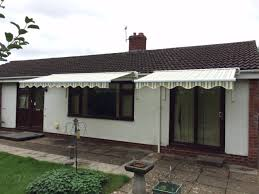 this is the right way to fit awnings to a bungalow all lifted and
