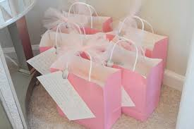 bridal shower gift ideas for guests bridal shower ideas