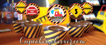 construction cake toppers how to plan an awesome construction birthday party cupcakemakeover