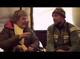 everest film zeit reinhold messner meets alex txikon at everest base c worldnews