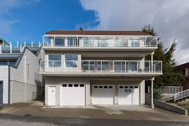 15392 Columbia Avenue White Rock House For Sale In