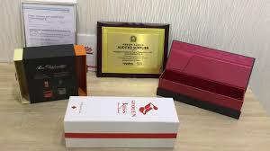 boite emballage cadeau en carton rouge feuille emboutissage carton emballage cadeau rectangle forme