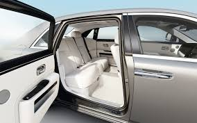 rolls royce ghost interior 2017 dawn u0026 ghost win two top awards the perfect start to 2017