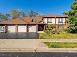 homes for sale in the stanhope square subdivision willowbrook