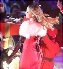 mariah carey rockefeller center christmas tree lighting 2013