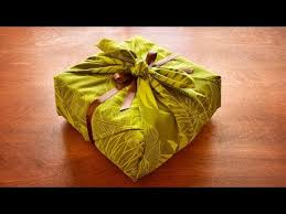 gift box wrapping gift wrapping in one minute beautiful fabric wrapping for lunch