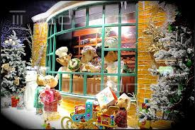 window displays prop makers display manufacturers scenic