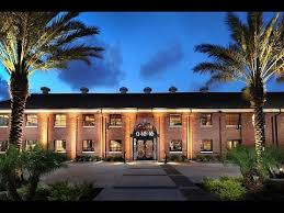 The United Nations Dining Room And Rooftop Patio Enjoy A Private Dining Room In Tampa Axs