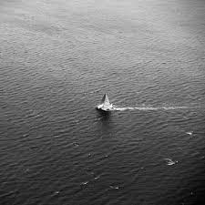 black and white sailboat ipad wallpaper