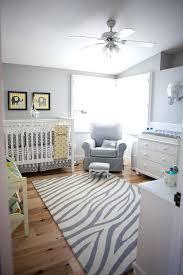 chambre bébé grise et deco chambre bebe jaune et gris deco chambre gris et jaune dacco diy