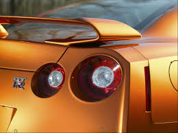 nissan gtr year to year changes 2016 nissan gt r vs 2017 nissan gt r
