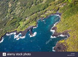 Black Sand Beaches Maui by An Aerial View Of Waianapanapa State Park And It U0027s Black Sand