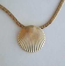 marine jewelry park seashell pendant necklace c link chain marine vintage