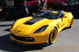 yellow corvette c7 bh factory teases corvette c7 z06 sema creation corvetteforum
