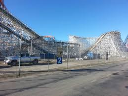 Six Flags In Winter Guest Photo Update Twisted Colossus Construction Coaster101