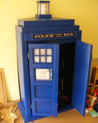 Tardis Bookcase For Sale Tardis Bookcase Cupboard Goodhart Maker Den Of Unequity Storage