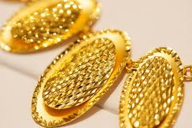 the glow of 24 karat gold jewelry the new york times