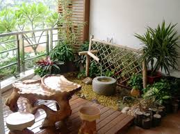 beautiful japanese style mixed with mini garden decor for balcony