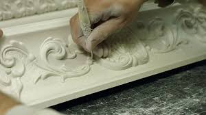 Cornice Cleaning Craftsman Cuts Solid Gypsum Dividing Cornice Into Parts