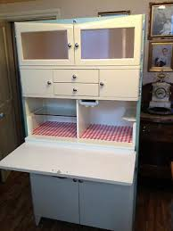 Antique Metal Kitchen Cabinets Best 25 1950s Kitchen Ideas On Pinterest 1950s Decor Retro