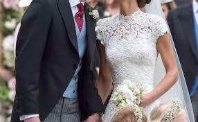 Englefield Berkshire Pippa Middleton U0027s Wedding To James Matthews Sealed With A Kiss