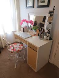 Diy Ikea My 20 Ikea Desk Makeup Vanity Diy Projects By Nina