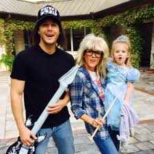 Family Halloween Costume With Baby by Celebrity Family Halloween Costumes Popsugar Celebrity