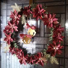 christmas wreath using tim holtz tattered poinsettia die