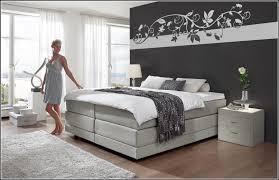 Schlafzimmer Mit Farben Gestalten Glnzend Schlafzimmer Farbig Gestalten Fr Schlafzimmer Ziakia Com