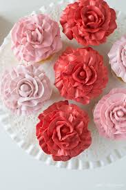 Easy Icing Flowers - best 25 rose cupcake ideas on pinterest rose frosting