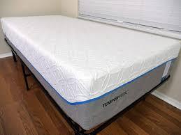 tempur pedic bed cover leesa vs tempurpedic mattress review sleepopolis