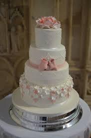 Wedding Cake Castle Wedding Cakes Dorset Bespoke Wedding Cakes Hampshire Coast Cakes