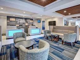 Home Design Outlet New Jersey Holiday Inn Express U0026 Suites Woodbridge Hotel By Ihg
