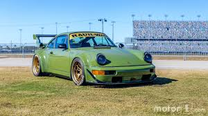 rauh welt porsche 911 rwb porsche 911 shows up at ferrari finali mondiali