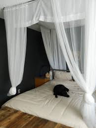 Hanging Canopy by Cool Interior Bedroom Decor Ideas With White Hanging Curtains Over