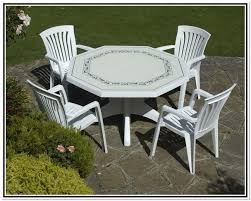 Patio Table Plastic Glass Patio Table And Chairs Da Vinci Collections Plastic Patio