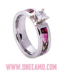 Pink Wedding Rings by Pink Camo Wedding Ring Sets With Real Diamonds Pink