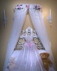 Girls Princess Canopy Bed by Custom Boutique Bed Canopy Disney Princess Pink And Lavender Fairy