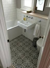 bathroom flooring ideas for small bathrooms bath flooring ideas philiphochuli com