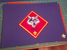 cub scout halloween crafts wolf den flag cub scout den flags pinterest wolf den cub