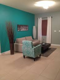 paint on wall sherwin williams