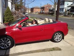 2007 volkswagen eos convertible side the hard top folds tightly