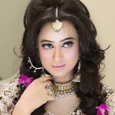 Would You Pay Rs180 000 For Your Bridal Makeover Style Images Kashee S Bridal Makeup Charges Makeup Daily