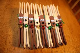 boston baby get crafty clothespin reindeer ornaments