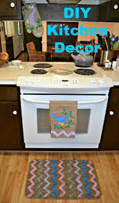 diy kitchen decor with tulip for your home products hezzi d s diy kitchen decor i made a rug kitchen towel 2 pot holders