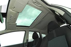 moonroof vs sunroof what are the differences the allstate blog