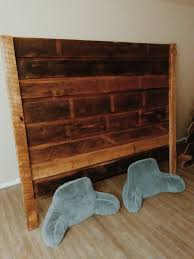 reclaimed wood king headboard also padmas plantataion trends