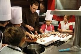 cours de cuisine avec un chef l atelier des petits chefs boutique grégory coutanceau