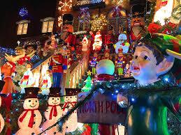 dyker heights brooklyn christmas lights dyker heights christmas lights photos 2017 brownstoner