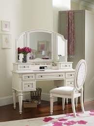 Girls White Desk With Hutch by 19 Best Mirrored Desks Images On Pinterest Mirrored Desk Makeup
